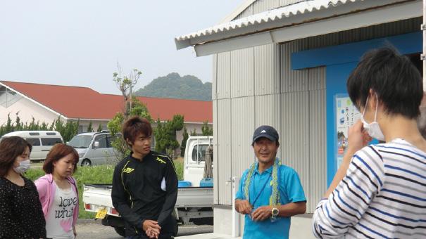 マダイ養殖の給餌と海藻の採集・調理4